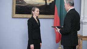 LR Prezidentas įteikė Nacionalinę kultūros ir meno premiją laureatei aktorei Viktorijai Kuodytei