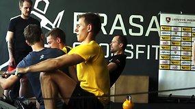 Regbio žaidėjai ir 15min išbandė Crossfit treniruotes