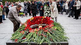 Vilniaus Antakalnio kapinėse minėta Antrojo pasaulinio karo pabaiga