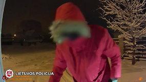 Trakų rajone sulaikytas vilnietis su ginklu ir narkotinėmis medžiagomis