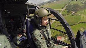 Viena tarp vyrų: vienintelė moteris Lietuvoje, galinti pilotuoti sraigtasparnį ir lėktuvą