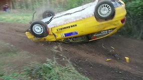 """""""Rally Classic"""" septintame greičio ruože Š.Aleknavičiaus ekipažas patyrė avariją"""