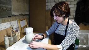Naujovė Lietuvoje: keramikė kuria rankų darbo urnas gyvūnams
