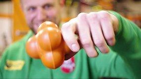 Ar žinote, koks įrankis naudojamas regbio treniruotėms?