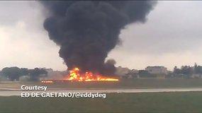 Maltos oro uoste sudužo lėktuvas, yra žuvusių