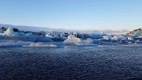 Ledkalniais stebinanti lagūna – Islandijos stebuklas, kurio negalima praleisti