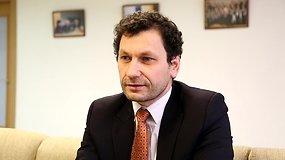 Robertas Šarknickas: klausimai, kurie neužduodami politikams