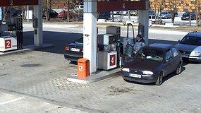 """""""Ford"""" vairuotojas Molėtų degalinėje prisipylė degalų ir nesumokėjo"""