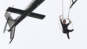 Akrobatė virš Niagaros krioklio atliko neeilinį triuką