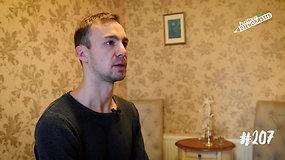 Masažuotojas Vytautas rūpestingais masažais apdovanoja mažo miestelio gyventojus