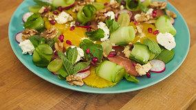 Vitaminų bomba: gaivios ir sveikos salotos vos per 5 minutes