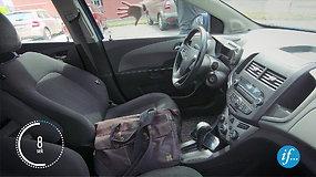 Eksperimentas: kiek trunka įsilaužti į automobilį