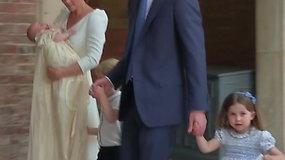 """Princesė Charlotte prajuokino fotografus: """"Jūs neisite kartu"""""""