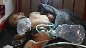 Cheminis ginklas Sirijoje: mažiausiai 86 žuvę, 500 sužeistų ir JAV atsakas