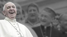 Popiežius Pranciškus: kuklus poliglotas ir aistringas futbolo bei tango gerbėjas