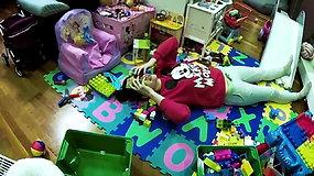 Linksmi vaizdeliai iš mamiškos kasdienybės, kad praskaidrintų nuotaiką kitoms mamoms