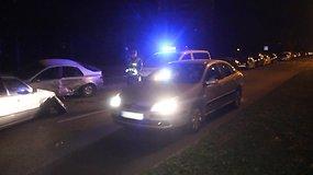 Panevėžyje per avariją apdaužyti septyni automobiliai