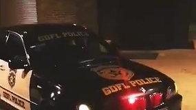 îaulių policija išgarsino neįprastai šviečiantį BMW