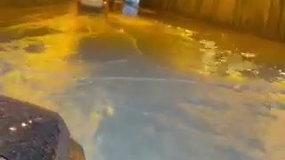 Geležinio Vilko gatvės tunelį Vilniuje skandino liūtis