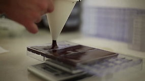 Procesas, kaip gimsta Giedrės ir Nerijaus gaminamas šokoladas