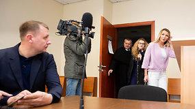 M. Šedžiuvienė ir A.Šedžius santykius ir toliau aiškinasi teisme