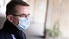 Sveikatos apsaugos ministras A.Dulkys siūlo NVSC direktoriui R.Petraičiui trauktis – atsakymo lauks iki pirmadienio