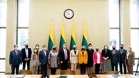 Partijų lyderiai pasirašė susitarimą dėl Lietuvos švietimo politikos – komentarai iš Seimo