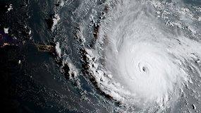 Prie Karibų salų artėja uraganas Irma: žadamos 12 metrų aukščio bangos ir smarkūs potvyniai