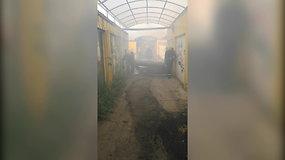 Vilniaus ugniagesiai eilinį kartą gesina padegtus kioskus