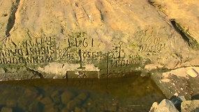 Čekijos upėje pasirodė protėvius gąsdinęs alkio akmuo: verkite mane išvydę
