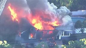 Masačusetso miestuose dėl įtariamų dujų sprogimų kilo dešimtys gaisrų