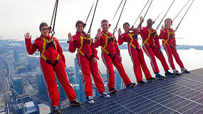 Kvapą atimanti Kanados pilietybės priėmimo ceremonija vyko ant vieno aukščiausių pasaulio pastato krašto