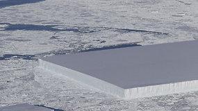 NASA mokslininkus nustebino neįprastos formos ledkalnis