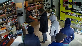 Kvailiausi Belgijos vagys: policijai įkliuvo patikėję pardavėjo pažadais
