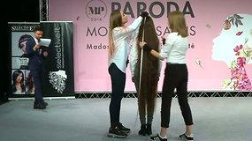 Lietuvoje išrinkta pasaulio ilgakasė – nugalėtojos plaukų ilgis viršijo pusantro metro
