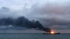 Kerčės sąsiauryje po sprogimo užsiliepsnojo du tanklaiviai  – yra žuvusių