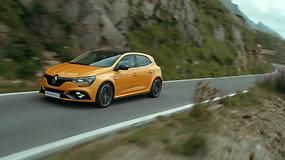 """""""TopGear Lietuva""""  išrinko sportiškiausią metų automobilį –  titulas atiteko """"Renault Mégane R.S."""""""