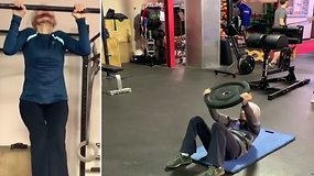Sporto klube pribloškiančius gebėjimus demonstruojanti 72 m. moteris užkariavo internetą