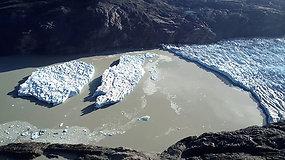 Sunerimę mokslininkai skambina pavojaus varpais dėl globalinio atšilimo – atskilo du nauji ledkalniai