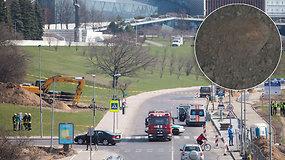 Dėl bombos Vilniaus upės gatvėje uždarytas eismas vairuotojams tapo staigmena