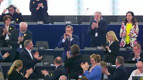 Staigmena Europos Parlamente visus pakėlė ant kojų – slovėnas nustebino netikėtu pasirodymu