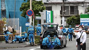 Siaubingas incidentas Japonijoje: vyrui peiliu užpuolus minią, žuvo dvylikametė, vyras ir pats užpuolikas