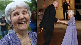 Ištirpdė internautų širdis: 97-erių m. senjorė pagaliau atšventė mokyklos išleistuves ir tapo jų karaliene