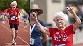 """Lengvosios atletikos pasaulį dar kartą pritrenkė """"uraganu"""" vadinama 103 m. sprinterė"""
