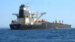 Gibraltare sulaikytas supertanklaivis: gabeno naftą Sirijai?
