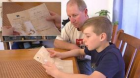 Berniukas rado 50 metų butelyje keliavusią žinutę – pavyko išsiaiškinti ir jos autorių