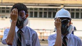 Honkonge moksleiviai formuoja gyvąsias grandines – valdžia sako Vašingtonui nesikišti