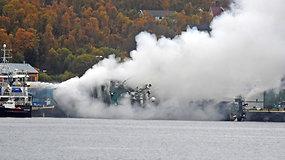Šiaurės Norvegijoje užsidegė ir apsivertė Rusijos žvejybos traleris