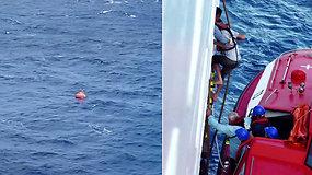 Pasiplaukiojimas jachta vandenyne pasisuko pavojinga linkme – greitai sulaukti pagalbos nesitikėjo