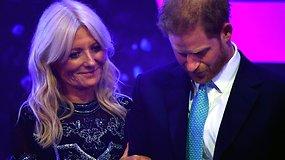 Susigraudinęs princas Harry sujaudino visus – prisiminus žmonos Meghan nėštumą, susikaupė ašaros